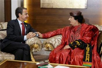 https://despabilar.files.wordpress.com/2011/11/gadhafi2bzapatero.jpg?w=300